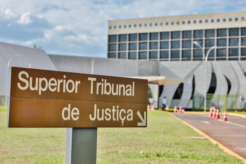 STJ pode abrir precedente para condenar governadores de estados por atraso em consignado