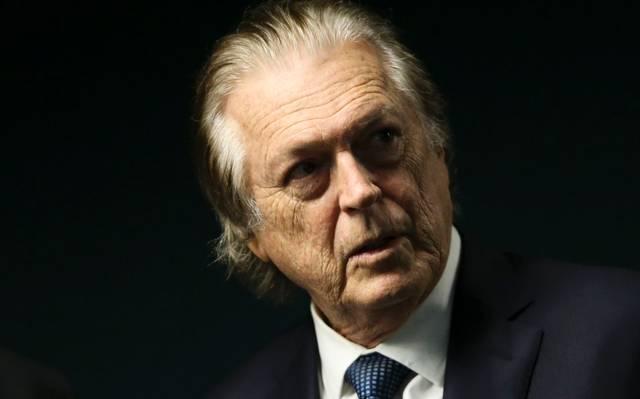Presidente do PSL, Luciano Bivar, é alvo de buscas da PF no caso dos candidatos laranjas