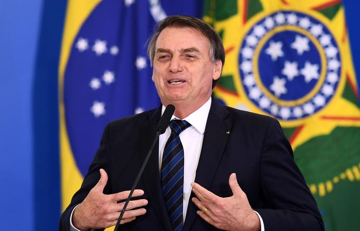 Bolsonaro discursa para evangélicos e diz que eleição de 2018 teve propósito divino