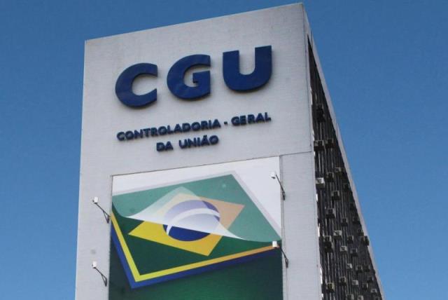 CGU aponta irregularidades em licitação de R$ 3 bilhões do Ministério da Educação