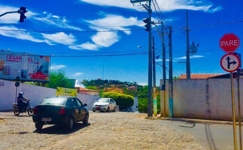 Trânsito em São Raimundo Nonato vira farra da multa e piada entre motoristas, motociclistas e pedestres