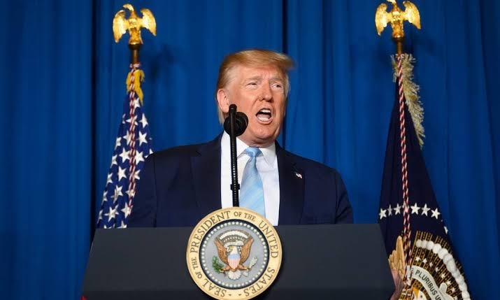 Câmara dos EUA aprova lei para limitar ação de Trump contra o Irã