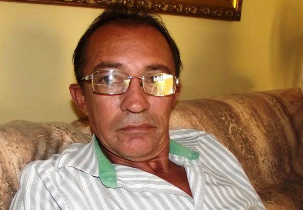 Zé Guinguirro compara candidatura do PT à crença em Papai Noel