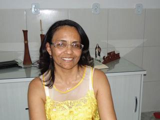 Prefeita de Ribeira homologa concurso de 2011 e nomeia aprovados