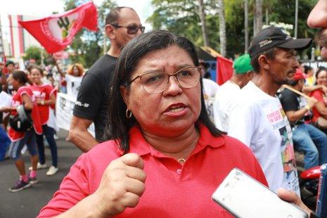 Professores da rede estadual vão entrar de greve por tempo indeterminado
