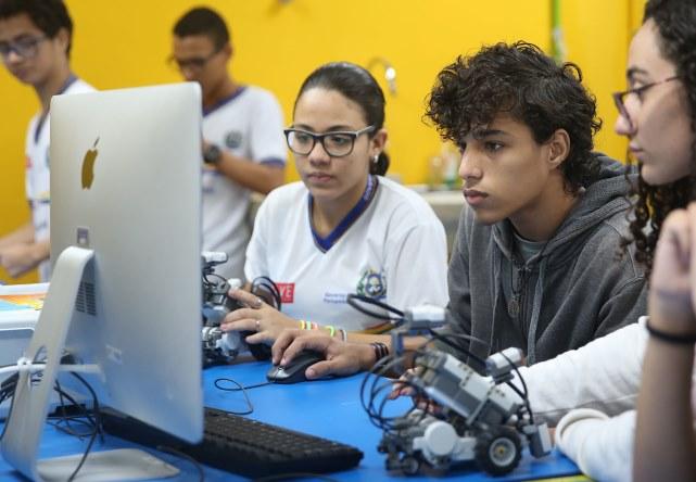 MEC investe R$ 82,3 milhões para estimular ensino médio em tempo integral