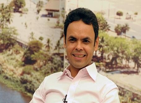 Gil Carlos implanta PISO de 12,84% no contracheque dos professores do município