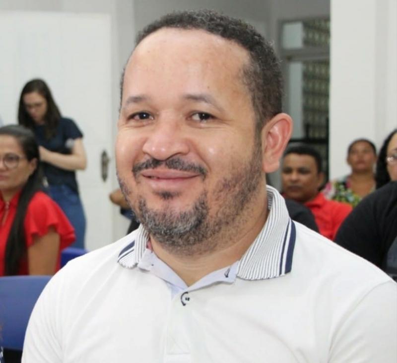 Vilmar condena privatizações, desde que não sejam feitas pelo Gil