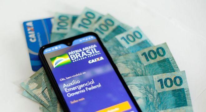 Caixa paga hoje auxílio emergencial de R$ 600 para 3,3 milhões de pessoas