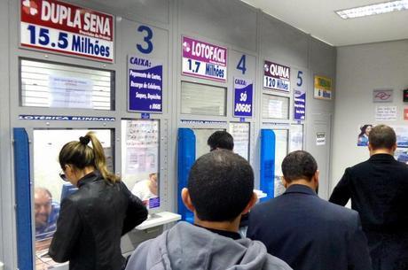 MP pede que bancos e lotéricas de São João do Piauí organizem filas