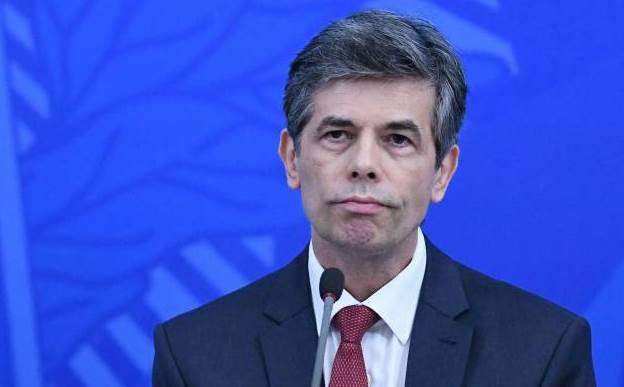 Nelson Teich recusa convite de Pazuello para Conselho no Ministério da Saúde