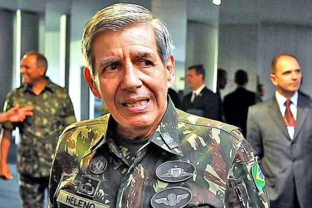 Senador pede impeachment de Augusto Heleno após tom de ameaça ao STF