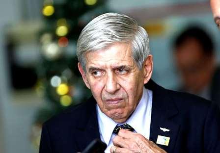 PT protocola pedido de impeachment contra Heleno no STF