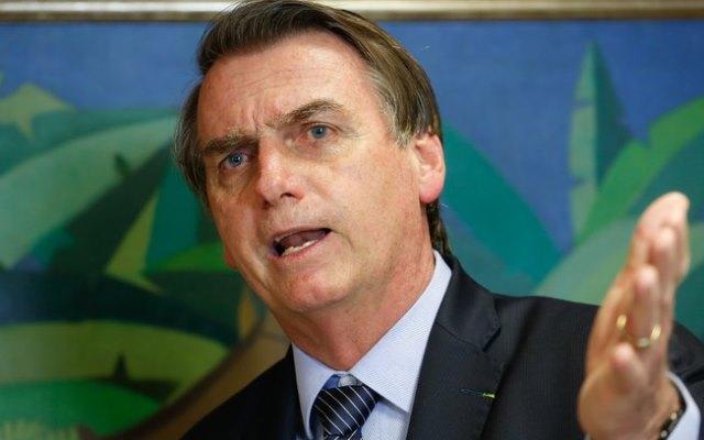 Bolsonaro diz que não aceitará violação à livre expressão no país