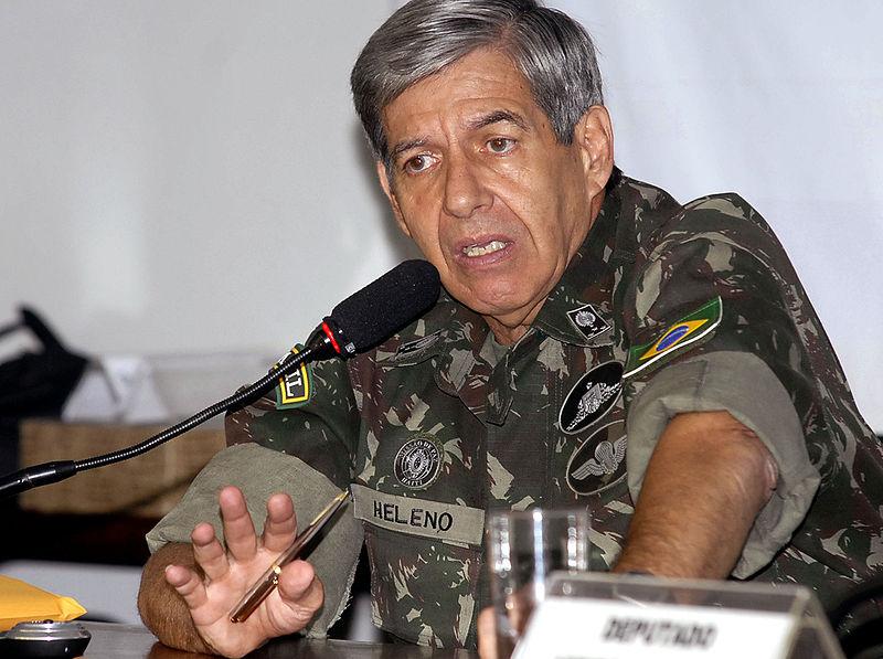 Celso de Mello encaminha à PGR pedidos do PDT contra general Heleno