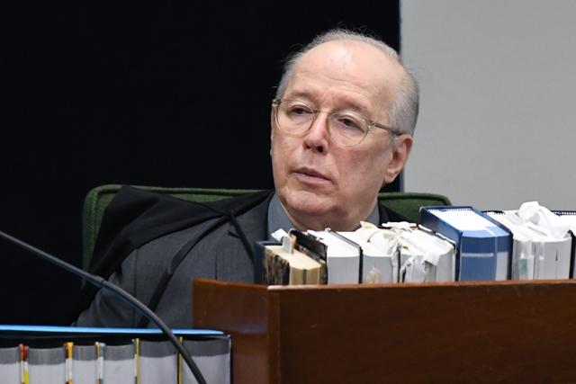 Celso de Mello encaminha à PGR pedido para ouvir Bolsonaro