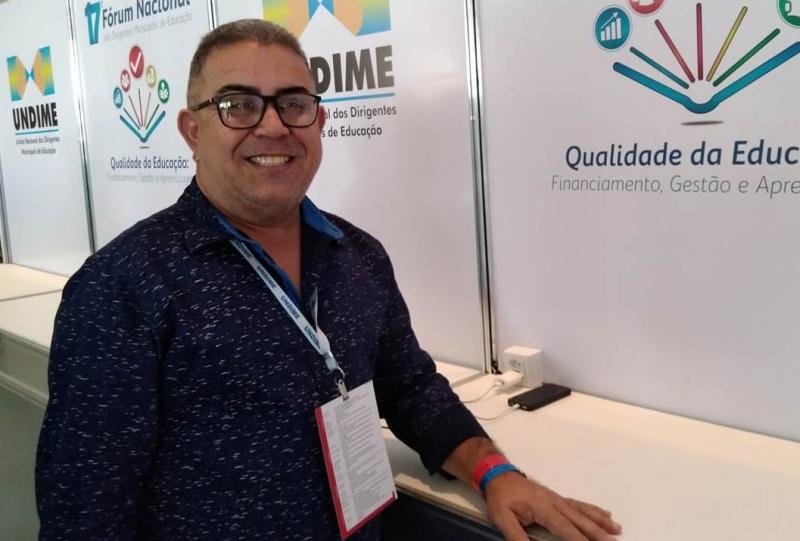 Secretário de Educação da gestão Gil Carlos comunicou, nesta quarta-feira, que deixa o cargo