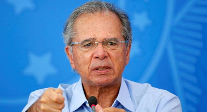 Guedes diz que governo vai unificar programas sociais no Renda Brasil
