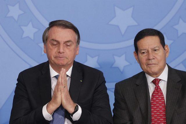 TSE começa a julgar pedidos de cassação da chapa de Bolsonaro nesta terça