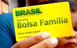 Beneficiários do Bolsa Família recebem hoje parcela de auxílio emergencial