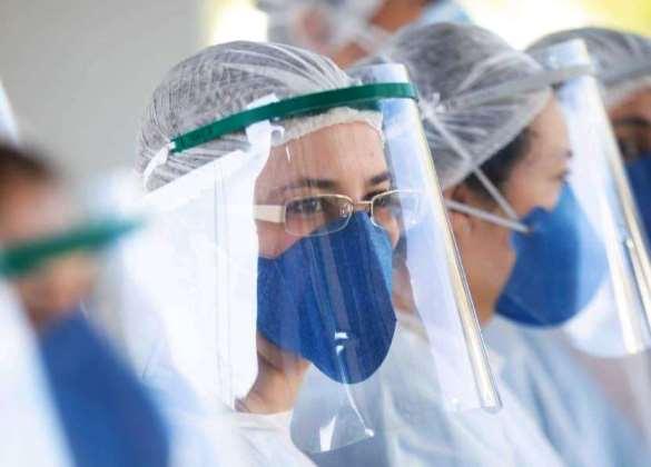 Covid-19: 257 mil profissionais de saúde foram infectados no Brasil