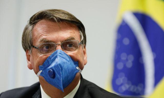 'Toda e qualquer vacina está descartada', afirma Bolsonaro