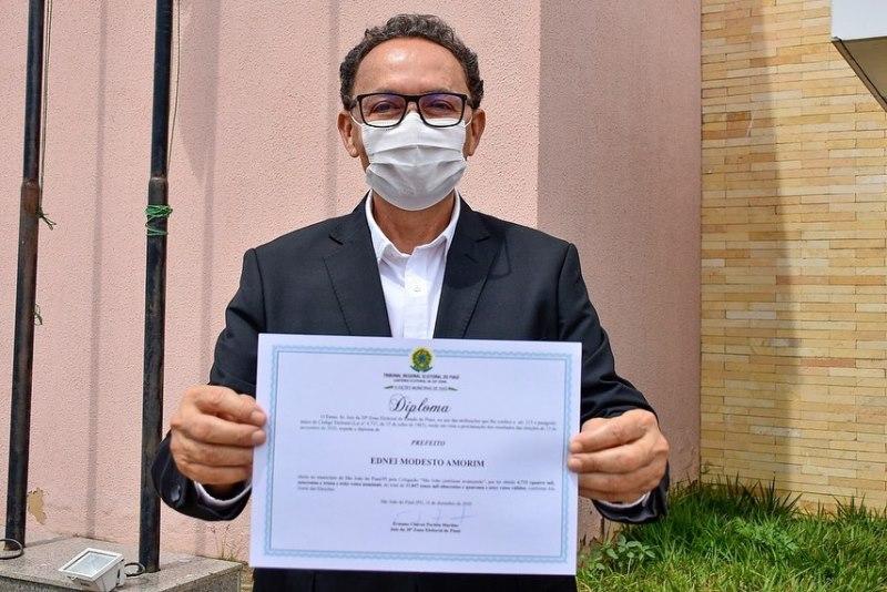 Ednei Amorim é diplomado prefeito de São João do Piauí