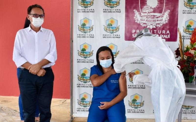 São João do Piauí recebe mais 120 doses de vacina contra covid-19