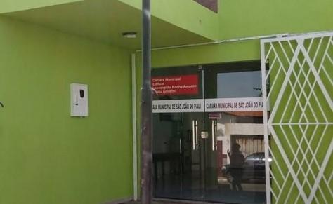 Presidente da Câmara de São João do Piauí esclarece restrição à sessão do dia 1º