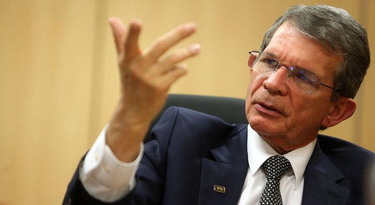 Presidente Bolsonaro anuncia troca no comando a Petrobras