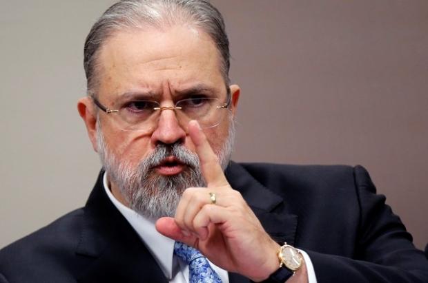 PGR vai recorrer de decisão que anulou condenações de Lula