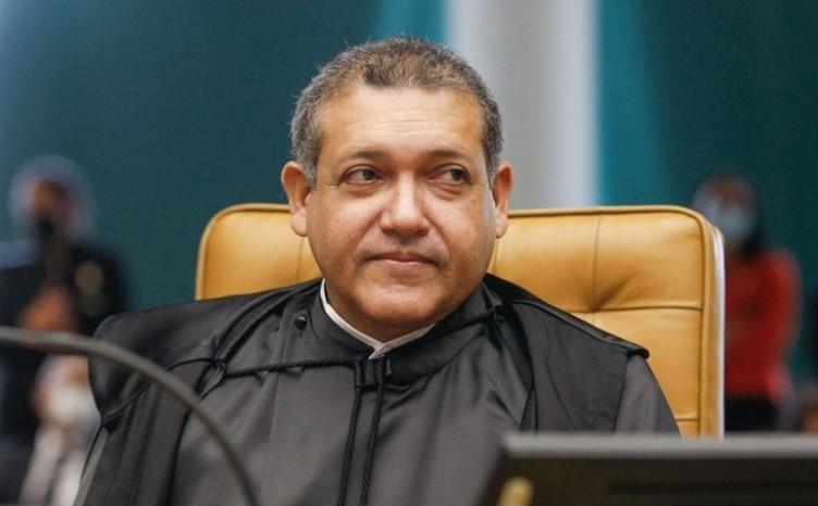 Nunes Marques pede vista e adia decisão sobre parcialidade de Moro