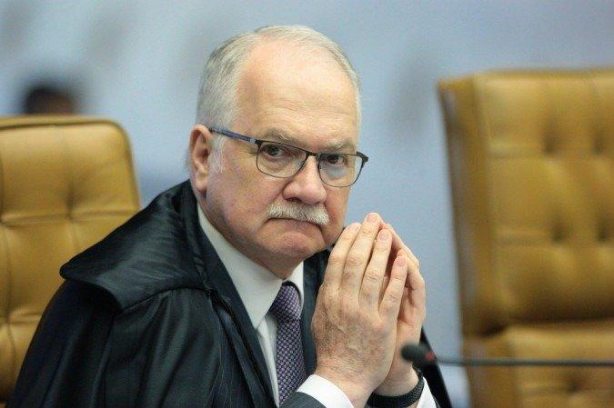 Fachin manda ao plenário do STF recurso sobre condenações de Lula