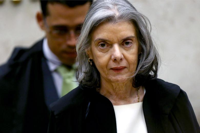 Ministra Cármen Lúcia muda voto e dá maioria pela suspeição de Moro