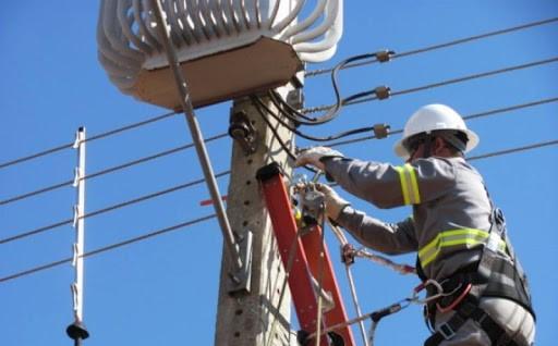 ANEEL suspende corte de energia por inadimplência de consumidores de baixa renda