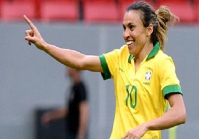 Futebol feminino agoniza no Brasil, apesar do sucesso mundial da jogadora Marta