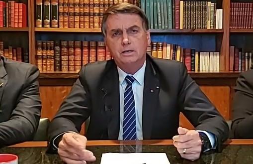 'Se não tiver voto impresso, é sinal de que não terá eleição', afirma Bolsonaro, sobre 2022
