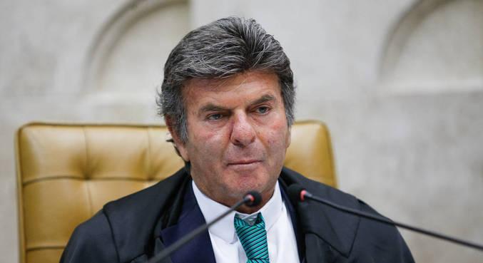 Fux alfineta o governo e pede 'respeito às decisões judiciais'