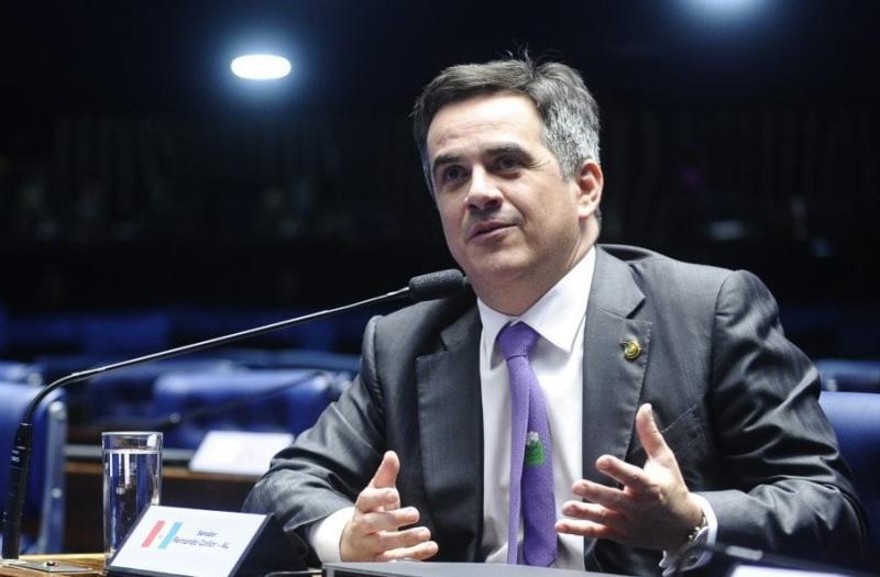 Problema em voo adia reunião entre Bolsonaro e Ciro Nogueira