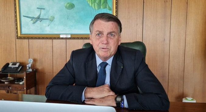 Botijão de gás poderia ser vendido a R$ 70 no máximo, diz Bolsonaro