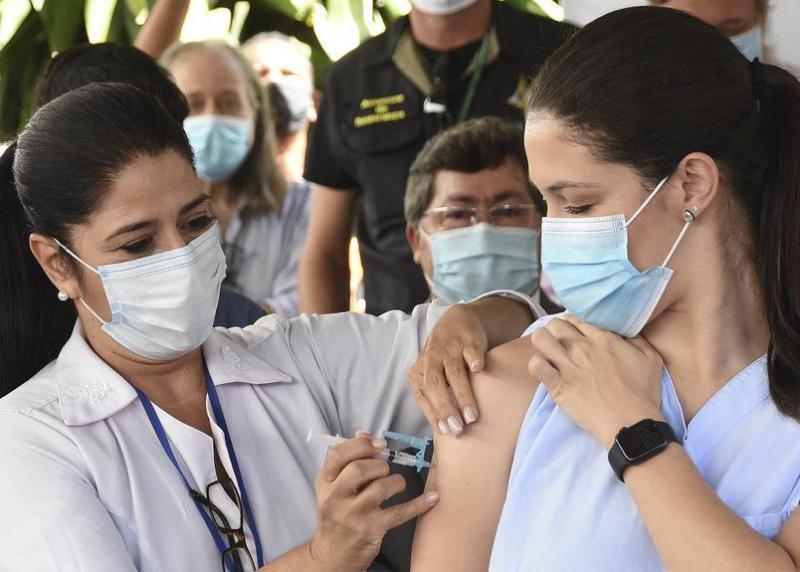 CNI: 90% não fazem questão de escolher marca de vacina
