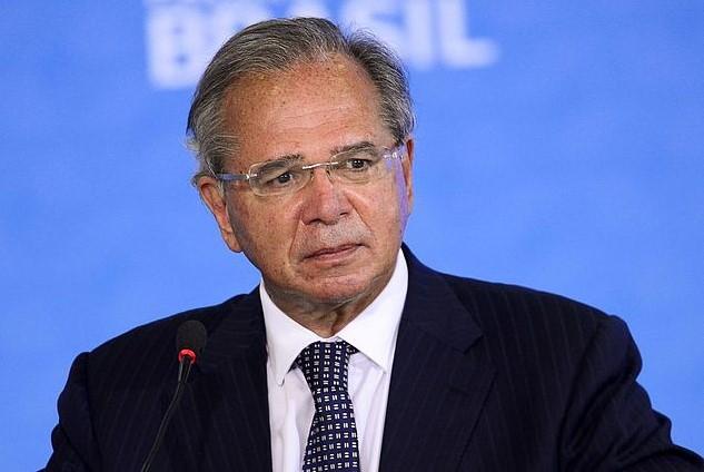 Pagamento de R$ 90 bi dos precatórios não é executável e vai parar Brasília, diz Guedes