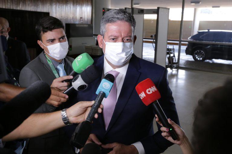 Câmara debate com a Petrobras situação das termelétricas e o preço dos combustíveis