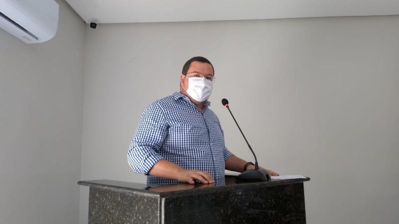 Dante Quintans solicita fiscalização do saneamento básico do município