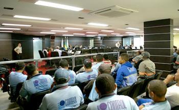 Greve dos prestadores de serviço da Eletrobrás encerra após negociação no TRT