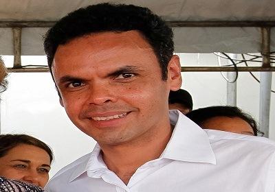 Prefeito Gil Carlos pretende nomear mais de 450 servidores comissionados