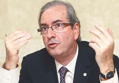 Câmara elege Eduardo Cunha em primeiro turno